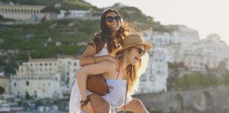 Co warto ubezpieczyć, wyjeżdżając na wakacje?
