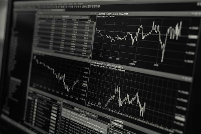 Wykresy giełdowe – podstawowe narzędzia analityczne tradera