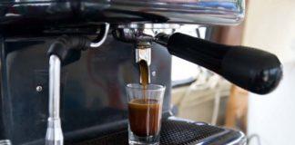Ekspresy do kawy dla biura – co należy wiedzieć